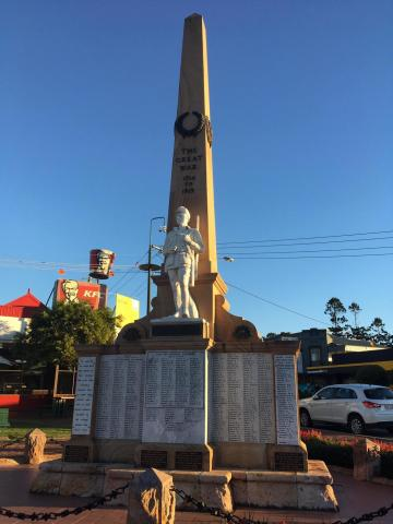 Beaudesert War Memorial, 08/05/2019
