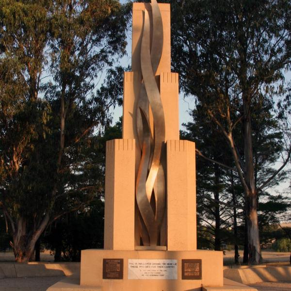 Rats of Tobruk Memorial at sunset
