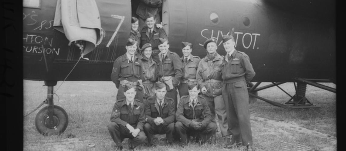 RAAF and British Army aircrew, UK1421, https://www.awm.gov.au/collection/C262576