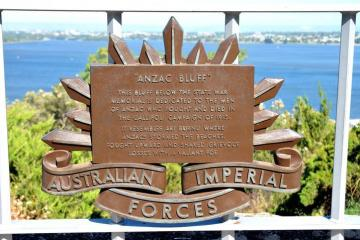 ANZAC Bluff Commemorative Plaque
