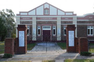 The Memorial Gates mark the entrance to the Lyndhurst Memorial Hall